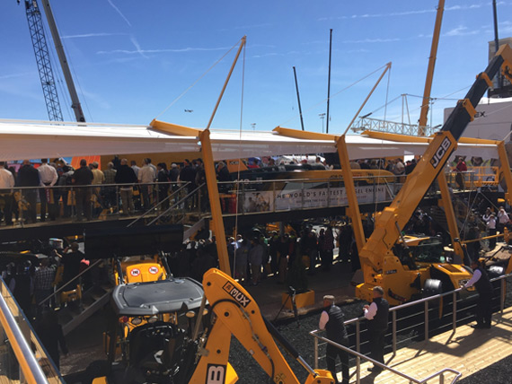 Exhibition Stand Builders Las Vegas : Jcb steal the show again at conexpo island exhibitions